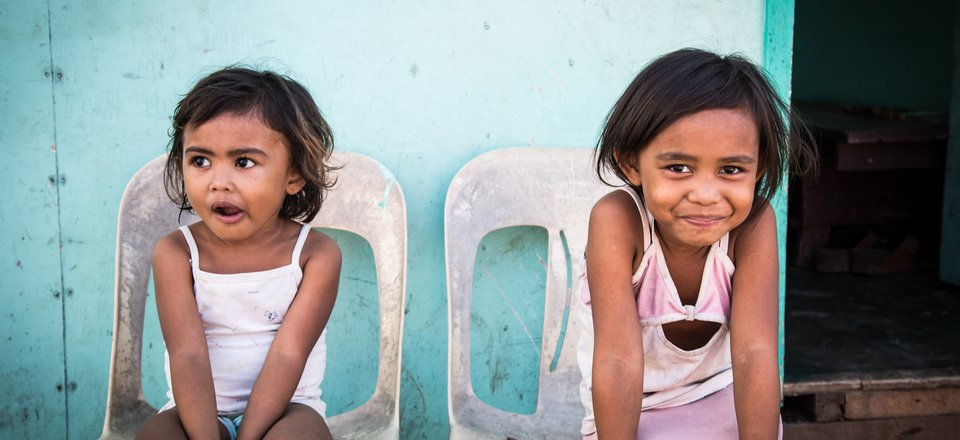 Typhoon Haiyan girls