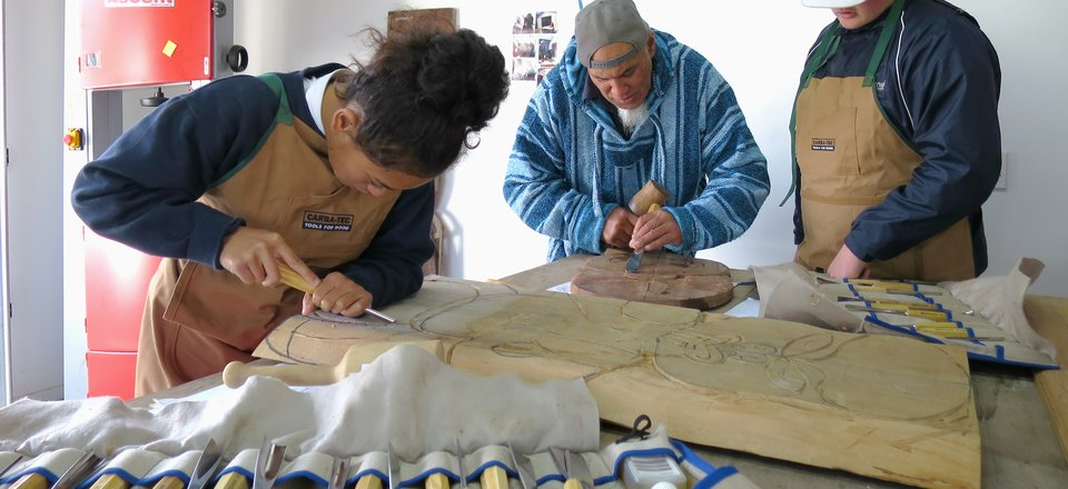 Faasu carving studio