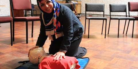First aid course for former refugees