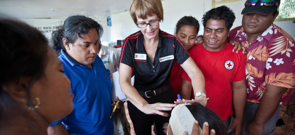 First aid training in Kiribati