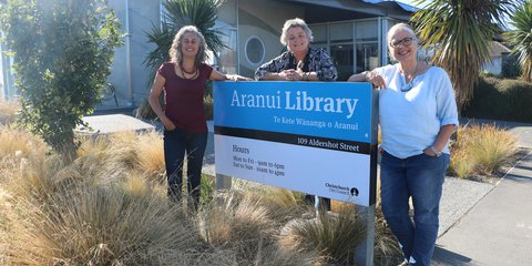 The Creative Stations Team, Kim Morton (left) and Alexia Martin (right) from Ōtautahi Creative Spaces and Kirsten Smith from the Aranui Library