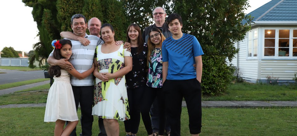A family and their refugee support volunteers in Invercargill