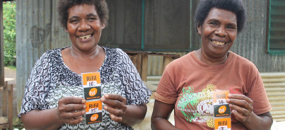 Recipients of free phone credit from Vanuatu Red Cross Society